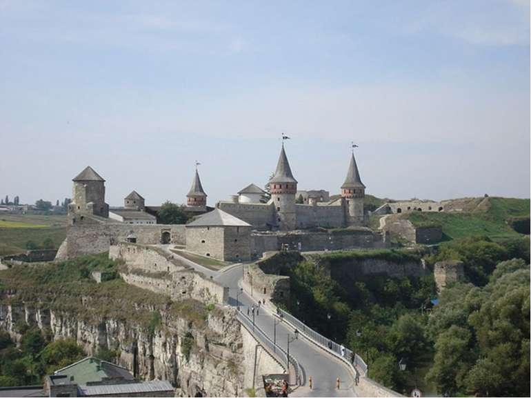 1.Заповедник «Каменец». городвХмельницкой областиУкраины, административный ...