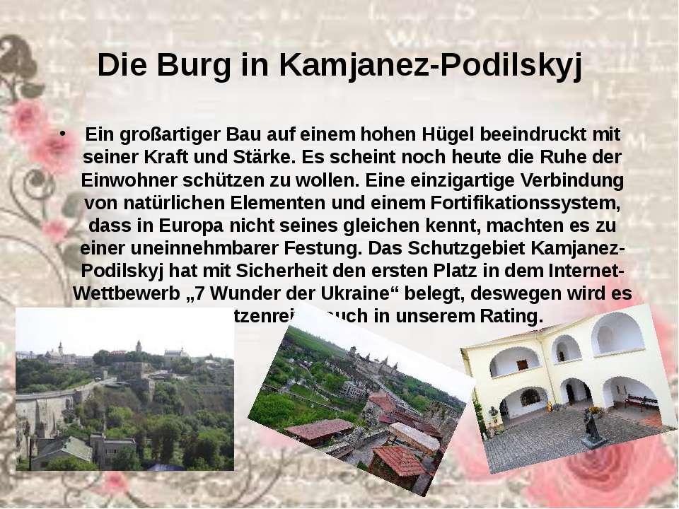 Die Burg in Kamjanez-Podilskyj Ein großartiger Bau auf einem hohen Hügel beei...
