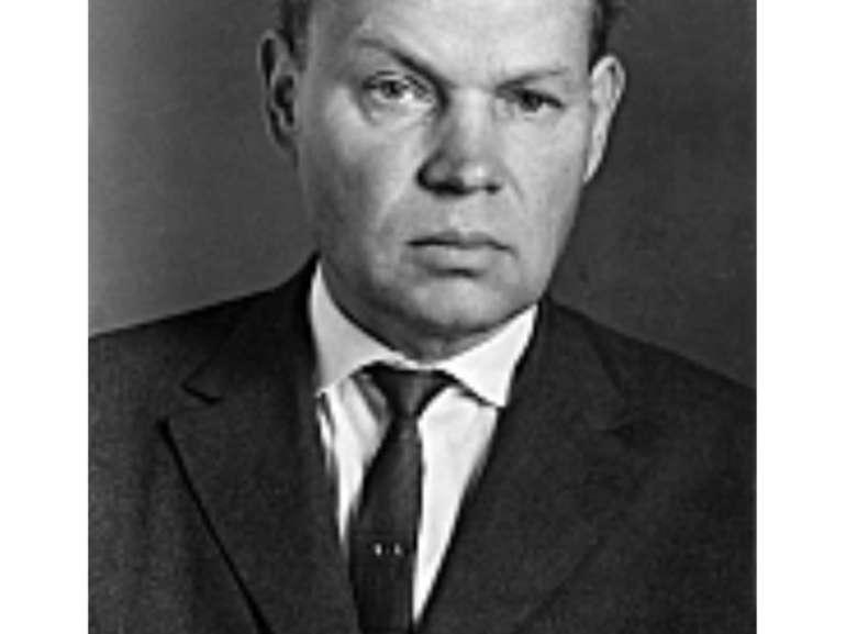 Михайло Стельмах 1912-1983