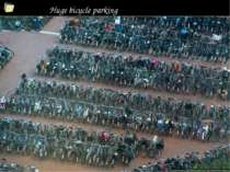 Huge bicycle parking *