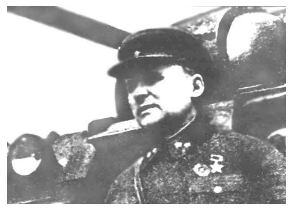 Командир 8-ої танкової дивізії Ю. Г. Пушкін. 1941 рік