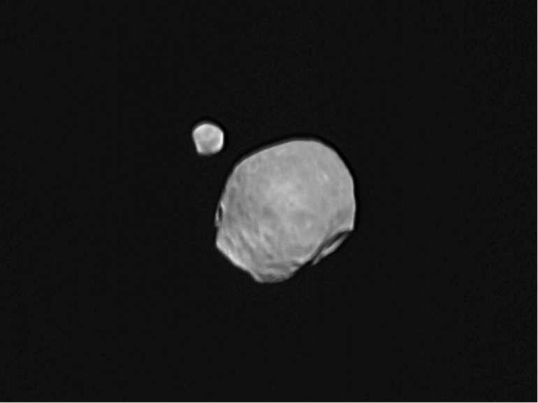 """Марс """"Червона планета"""". Це колір іржі, яку містять марсіанські скелі, поверхн..."""