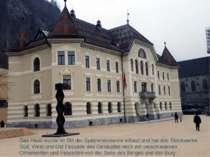 Das Haus wurde im Stil der Spätrenaissance erbaut und hat drei Stockwerke. Sü...