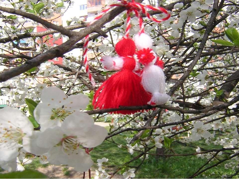 Ксантика Ксантика - це антично-македонське свято весни і приходу сонцяна зем...
